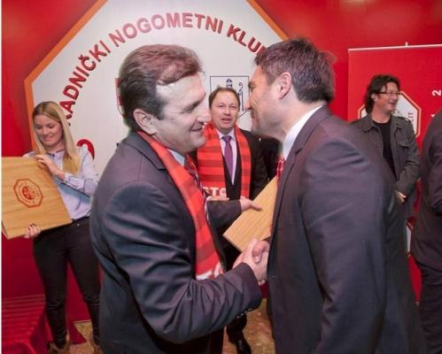 Slaven Žužul dodjela priznanja u RNK Split-u
